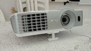benq w1070 1080p 3d home theater projector benq w1070 dlp full hd 3d ready with lens shift for 1000 avs