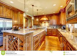 Kitchen With Wood Cabinets Brilliant Kitchen With Stained Wood Cabinets And Hardwood Floor