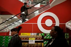 target to extend store hours on thanksgiving time