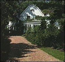 15 old house lane chappaqua sources clintons agree to buy westchester house for about 1 5