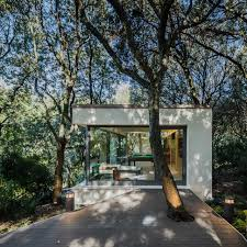 outbuilding of the week a sardinian guest house in the trees