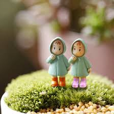 1pcs mini figurines miniature mei resin crafts ornament
