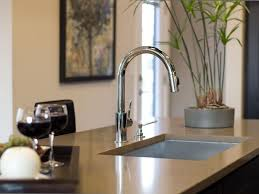 Best Kitchen Countertop Material by Best 25 Countertop Materials Ideas On Pinterest Kitchen