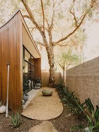 Home Decor Phoenix Az 1980s Contemporary Home Undergoes Restoration For Globetrotting