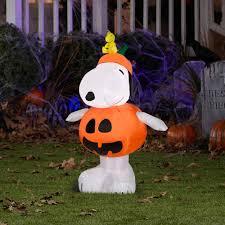 Outdoor Halloween Decorations Walmart by Snoopy Outdoor Halloween Decorations Divascuisine Com