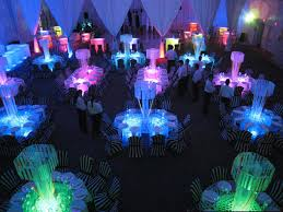 glowing reception party with glow in the dark decoration topup