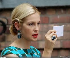 gossip girl earrings ed westwick and leighton meester gossip girl pictures popsugar