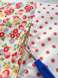 Cushion Covers Without Zips Invisible Zipper Pillow Tutorial Quilting In The Rain
