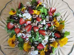 Salad With Edible Flowers - banana wonder ode to edible flowers and seasonal fruits