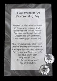 gifts to give your on wedding day best 25 wedding card verses ideas on wedding card