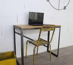 bureau sur bureau style industriel sur mesure en chêne et acier