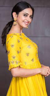 model rakul preet singh wallpapers rakul preet singh in traditional look photos lovely telugu