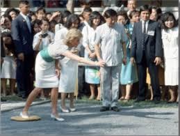 Prince Charles Princess Diana Thailand 4 February 1988 Princess Diana And Prince Charles Charm