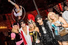 disfraces halloween tienda party city alien halloween costume pinteres hugh hefner playboy bunny