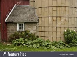 picture of silo house