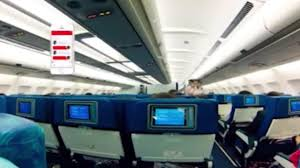 100 united economy baggage allowance comparing united