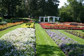 Paine Art Center And Gardens 15 Public Gardens In Wisconsin More Things To Do This Summer