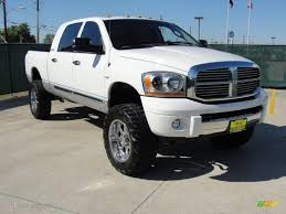 2006 bright white dodge ram 2500 slt mega cab 4x4 48866786