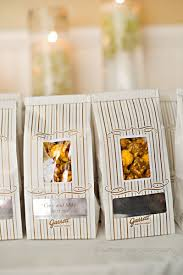 Garretts Popcorn Wedding Favors by Mike S Fulton S On The River Wedding Sweetchic Events Inc