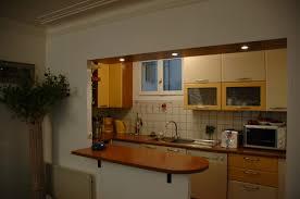 cuisiner un bar bar dans une cuisine la ralisation du0027une cuisine ouvert avec