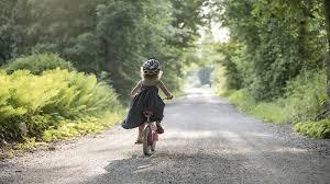 si e bebe velo comment apprendre à enfant à faire du vélo magicmaman com