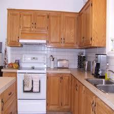 retaper armoire de cuisine le plus impressionnant peinturer armoire de cuisine en bois