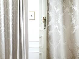 modele rideau chambre modele rideaux chambre a coucher rideaux montrac sous deux angles