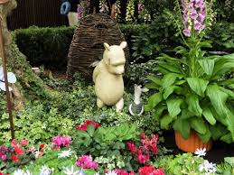 winnie the pooh statue at gardens by the bay flower dome picture