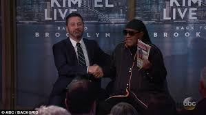 Stevie Wonder Why Is He Blind Stevie Wonder Mocks Claims He Can See On Jimmy Kimmel Daily Mail