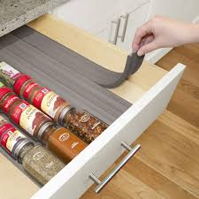 features holds 24 full size or 48 half size spice bottles fits