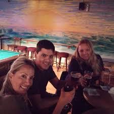 buffalobetties bettys stories pub 5 4 beach betty s bar 21 photos 11 reviews gay bars 625 e dania