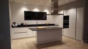 cuisine moderne avec ilot exemples de réalisations de cuisine cuisine interieur design