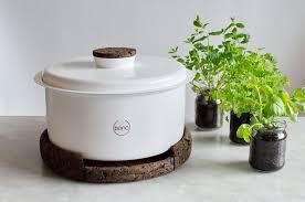 composteur cuisine tentez le compost dans votre cuisine avec bono esprit design