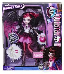 monster high draculaura ghouls rule doll amazon co uk toys u0026 games
