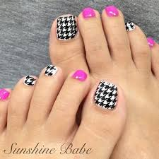 8 amazing toe nail art designs that make your steps beautiful