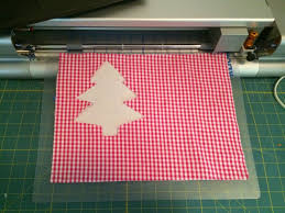free christmas tree appliqué embroidery download 30 days of