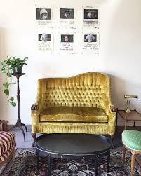 Velvet Settee Sofas Best 25 Velvet Couch Ideas On Pinterest Velvet Sofa Blue