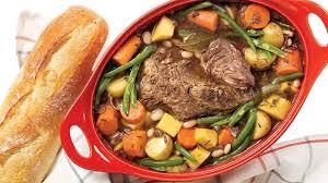 cuisine pot au feu pot au feu au vin et au romarin recettes iga boeuf pommes