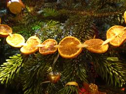 Christmas Garland With Lights by Idea For A Natural Christmas Garland Thread Some Dried Orange