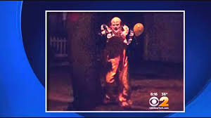 images of creepy staten island clown go viral