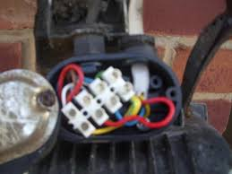 wiring for replacing outside pir sec light help with pics