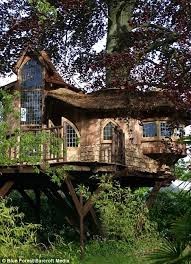 now that u0027s how to enjoy the high life the luxury tree houses that