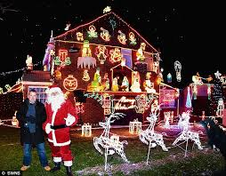 houses with christmas lights near me christmas lights meet the people who pull out all the stops daily