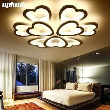 lumiere pour chambre lumiere plafond chambre excellent invisible moderne minimaliste led