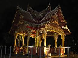 Maria Ward Schule Bad Homburg Siamesischer Tempel Sala Thai Im Kurpark Von Bad Homburg Mapio Net
