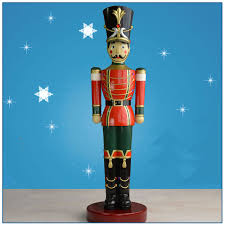 Christmas Decoration Outdoor Resin Nutcracker Statue Buy Resin