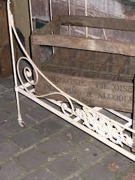 canapé lit ancien antiquites belbezier lit ancien fer forge volutes canape deco