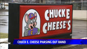 chuck e cheese halloween costume the band is breaking up big changes coming to chuck e cheese