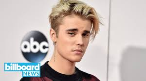 justin bieber says his favorite song is by the weeknd then laughs