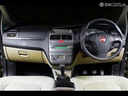 Fiat Linea Interior Images Fiat Linea T Jet Interior Photos India Com Photogallery